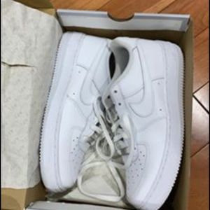 Nike Air Force size youth 7